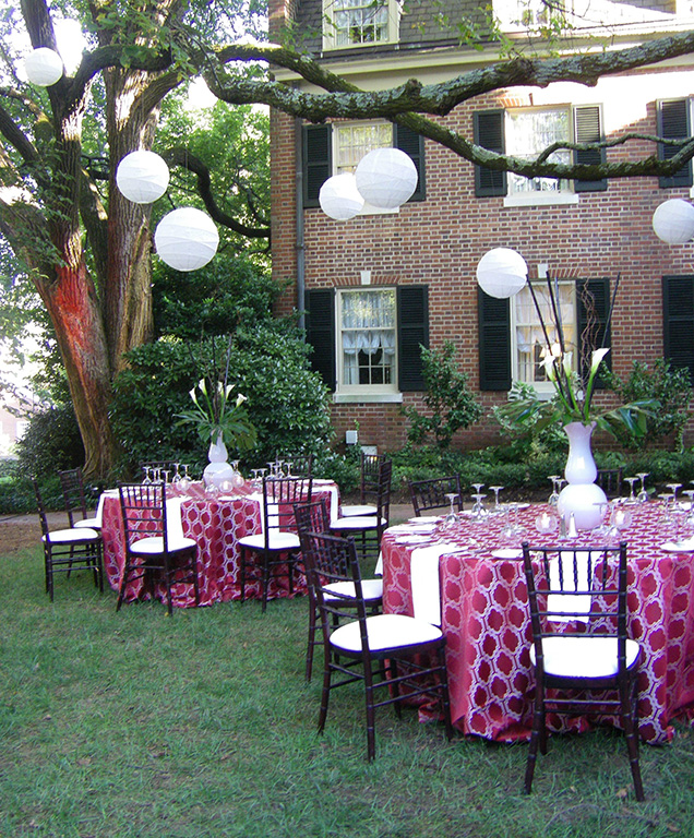 Intimate Outdoor Event at The Carolina Inn | Chapel Hill Event Planner