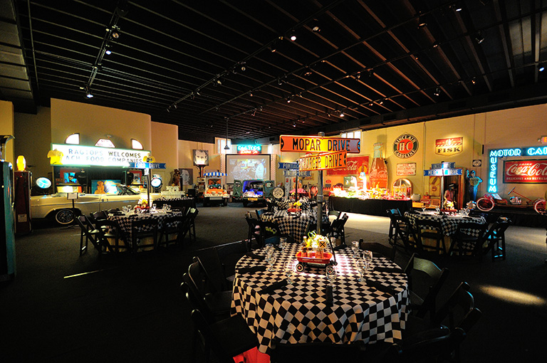 Vintage Ragtop Dinner in West Palm Beach | Incentive Travel Planner