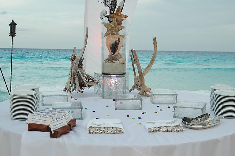 Welcome Dinner on the Beach - Cancun Incentive Travel