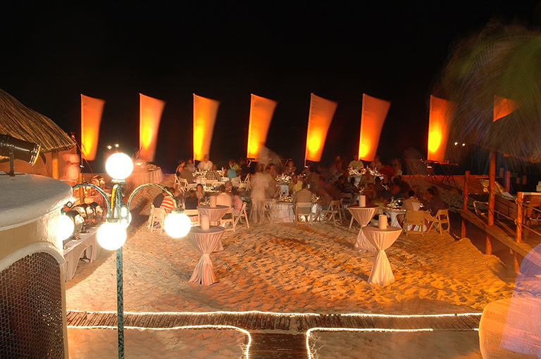 Outdoor Event Lighting - Cancun Event Ideas
